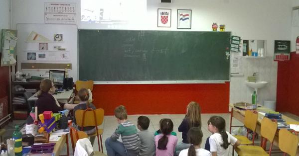 CIEB-Criancas-brasileiras-e-croatas-compartilham-experiencias-por-videoconferencia